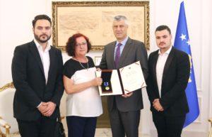 Uručivanje medalje porodici Vokri, 3. jula u Prištini
