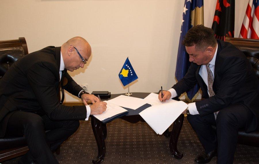 Gradonačelnik Severne Mitrovice i kosovski ministar infrastrukture