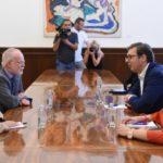 Vučić sa ambasadorom Ujedinjenog Kraljevstva u Beogradu Denisom Kifom