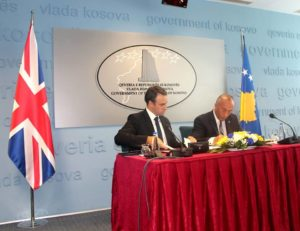 O'Konel i Haradinaj na potpisivanju memoranduma