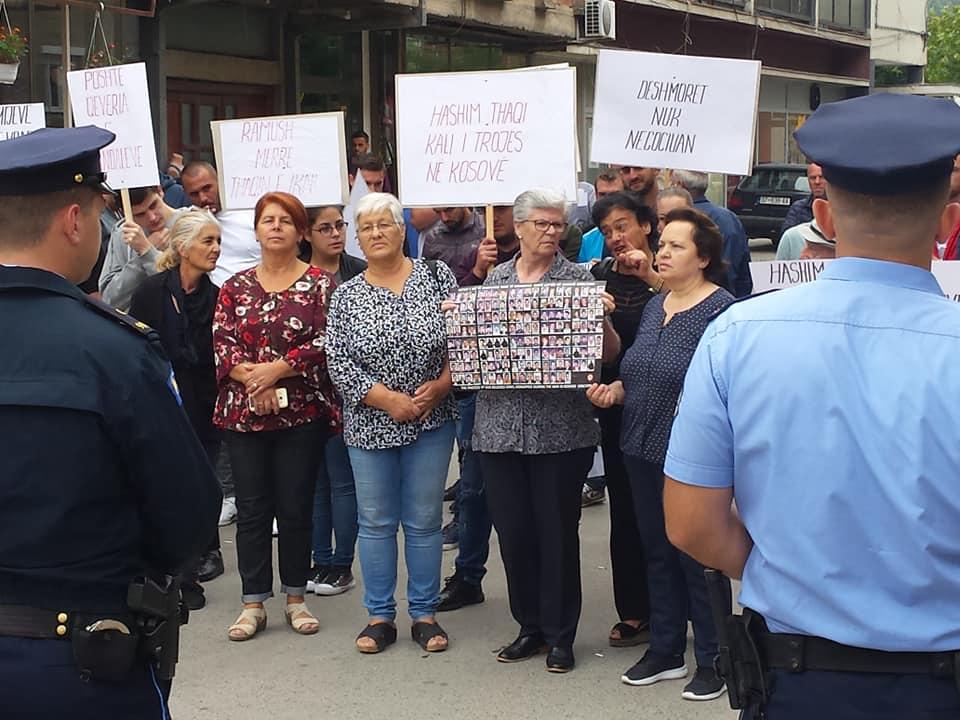 """Protest """"Plač majki"""" FOTO: Fejsbuk stranica Nesrete Kumnova"""