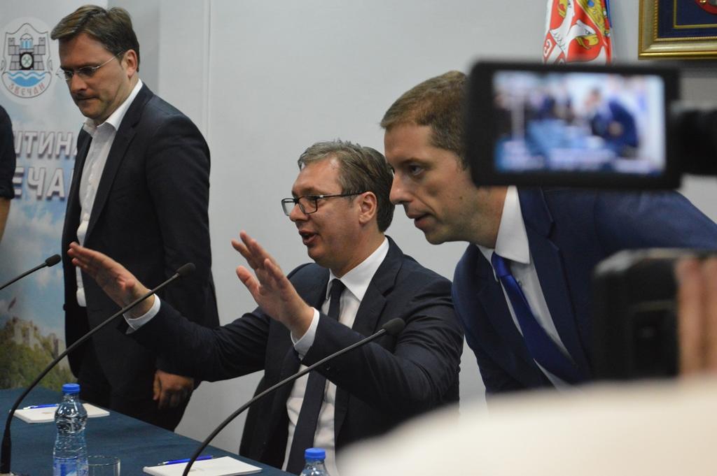 Vučić, Đurić, Selaković. FOTO: KoSSev
