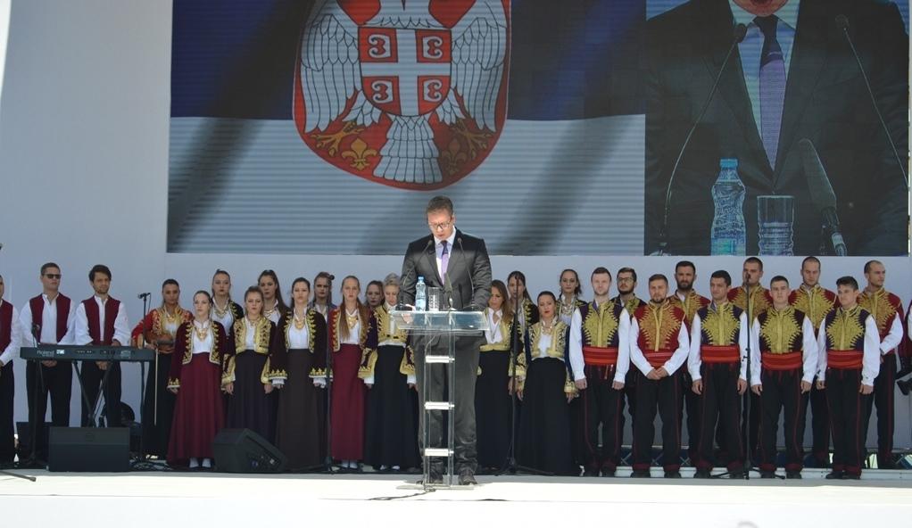 Aleksandar Vučić u, kako je najavljivano, istorijskom govoru u Kosovskoj Mitrovici
