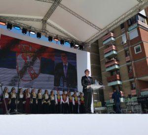 Vučić tokom svog govora u Kosovskoj Mitrovici