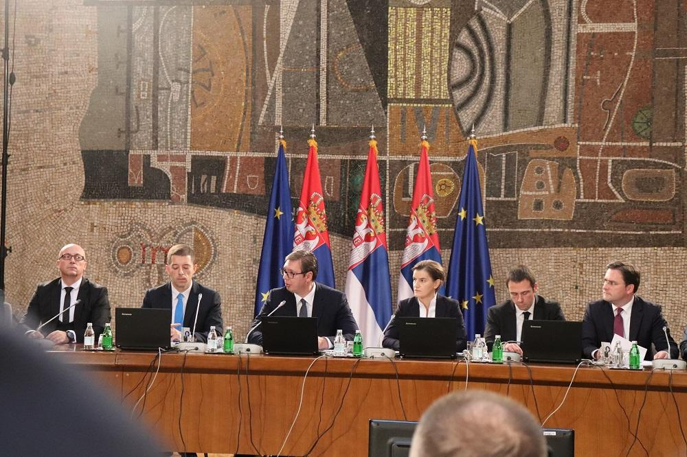 Zajednička sednica Vlade Srbije, predsednika Vučića i Srba sa KiM, Foto: Stefan Kojić