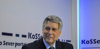 Ambasador SAD u Prištini, Filip Kosnet (Philip Scott Kosnett)