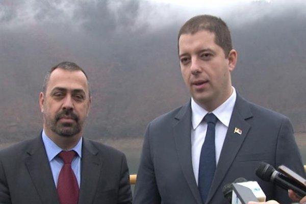 Srđan Vulović sa Markom Đurićem prilikom posete direktora Kancelarije za KiM jezeru Gazivode 2015, ilustracija/FOTO: RTV Mir