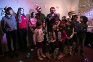 Ljubičasti Deda Mraz pravi muzej za nas