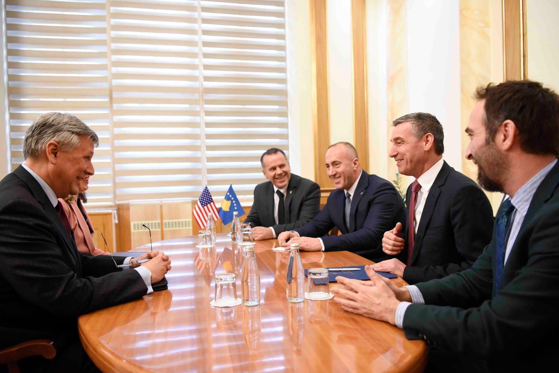 Ambasador Filip Kosnet, Kadri Veselji i Ramuš Haradinaj