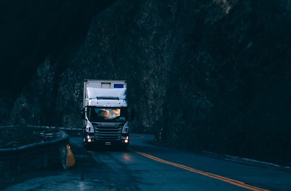 Unsplash Kamion