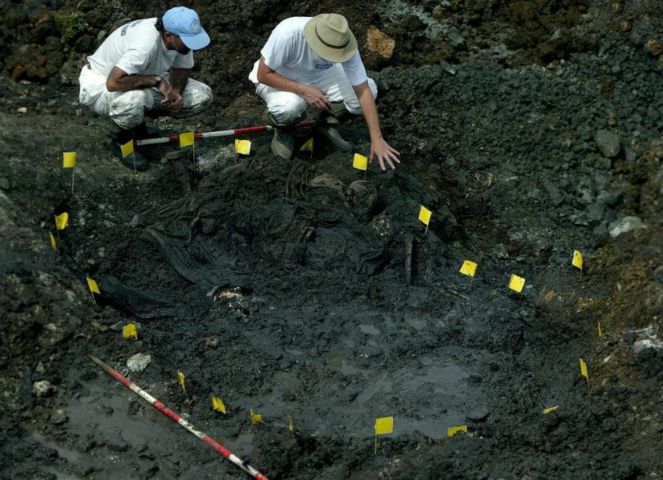 Forenzičari UN-a otkrili su masovnu grobnicu Srba iz Orahovca u Mališevu. Foto: Valdrin Džemaj/EPA.