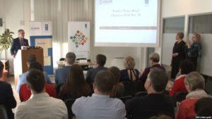 """VOAPredstavljanje najnovijeg istraživanja UNDP-a """"Puls javnosti"""" u Prištini"""