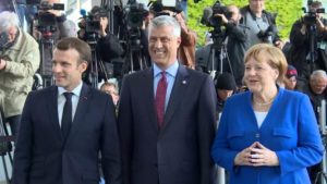 Tači, Makron, Merkel