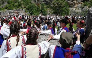 manastir Svetih Arhangela kod Prizrena održana je manifestacija Dečija smotra folklora.