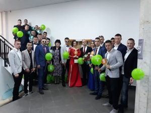 Mitrovički maturanti