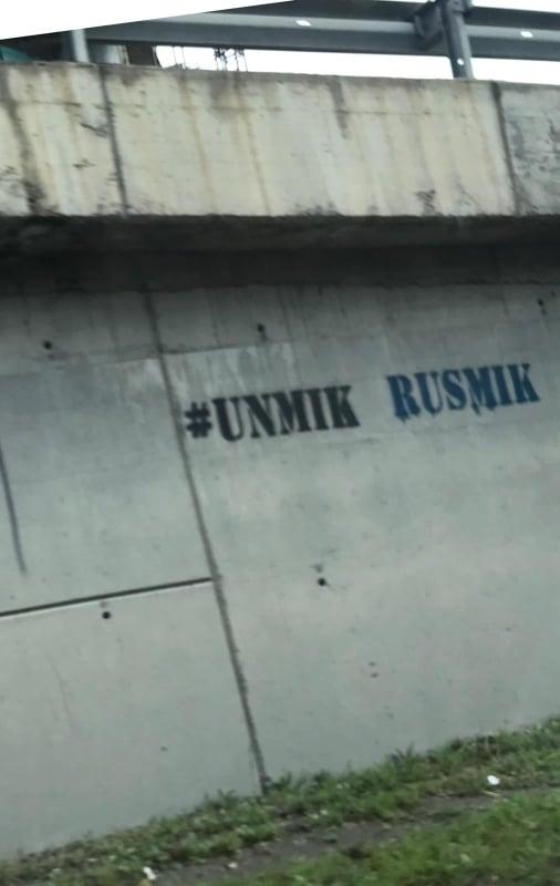 Grafiti UNMIK RUSMIK