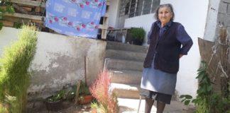 Vlajinka Stojić, jedna od retkih stanovnika sela Makreš.