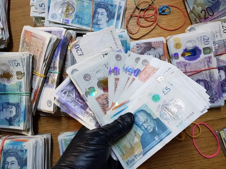 krijumčaren novac