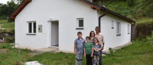 porodica-Tomovic-1-770x330