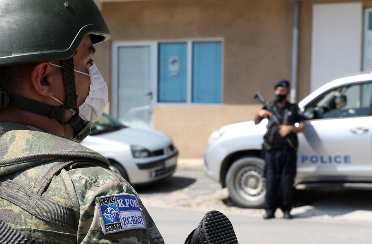 Kfor Kosovska policija