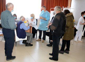 Kancelarija za KiM vakcinisanje srba sa KiM