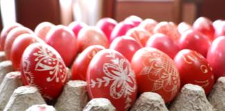 Farbanje jaja Uskrs