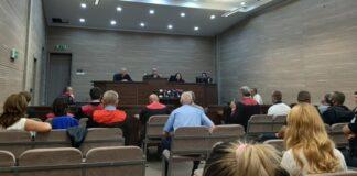 Suđenje Oliveru Ivanoviću