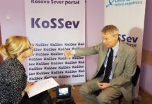 Američki ambasador Greg Delavi u intervjuu KoSSevu